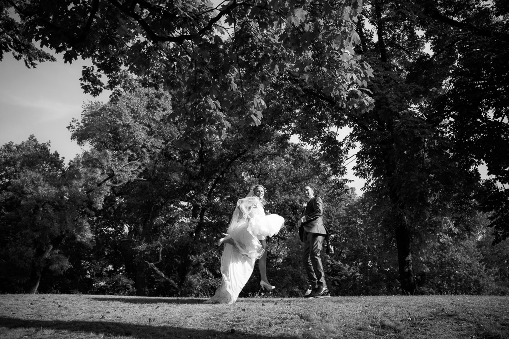 destination wedding photographer, fotógrafo boda Praga, frederic montse wolf photographers, prague wedding photography, Wedding photographer Chateau St. Havel