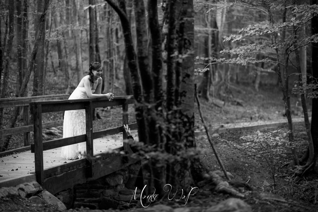 fotógrafo-post-boda-barcelona-santa-fe-del-montseny-montse-frederic-wolf-photographers-trash-the-dress