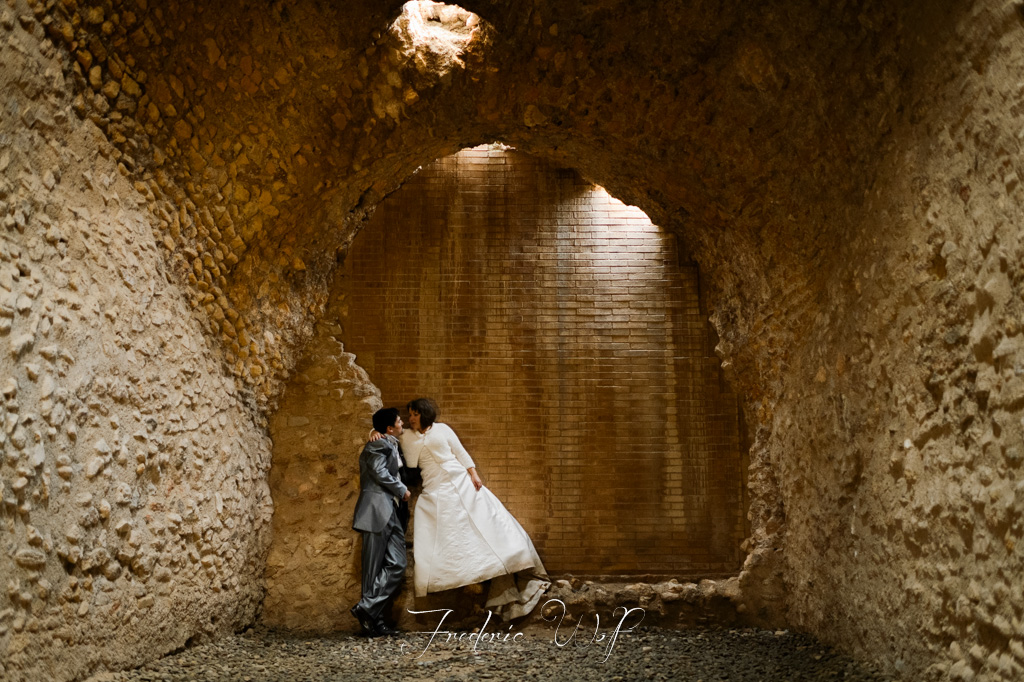 fotografo-post-boda-tarragona-platja-castell-de-tamariu-frederic-montse-wolf-photography-trash-the-dress