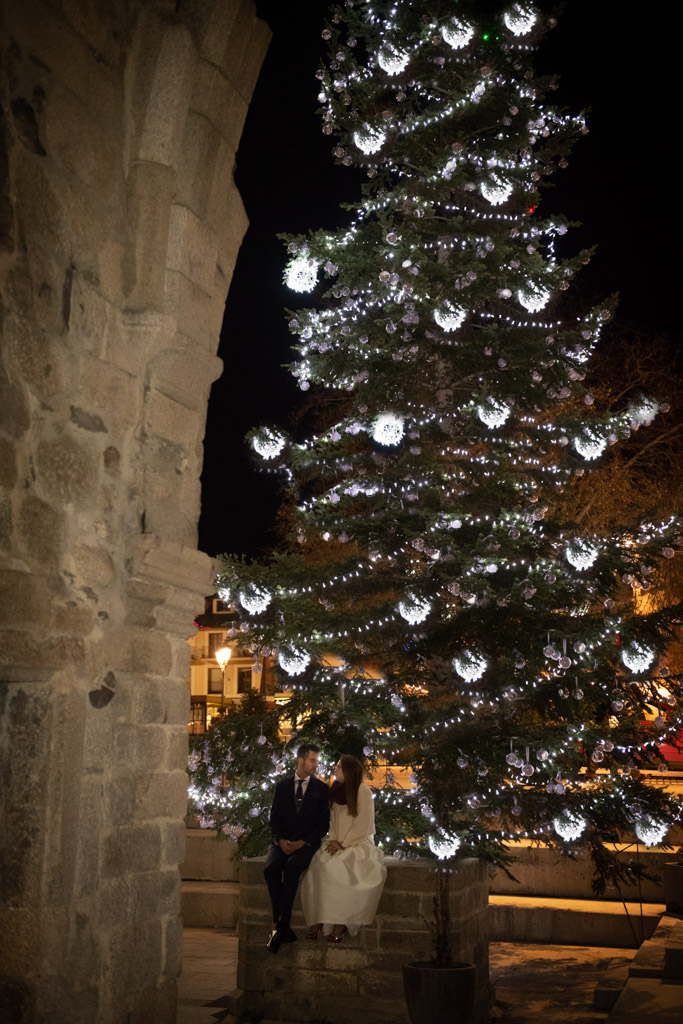 fotografo-trash-the-dress-postboda-wedding-girona-puigcerda-nadal-christmas-xmas-navidad-032.jpg