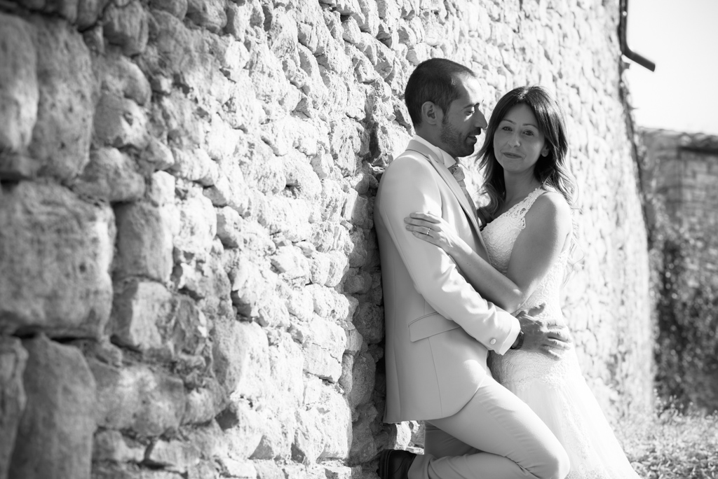 fotografo-postboda-trash-the-dress-peratallada-girona-funsessions-002.jpg