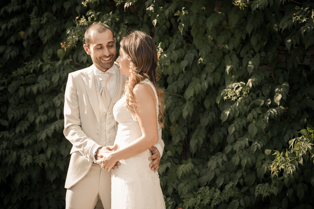 fotografo-postboda-trash-the-dress-peratallada-girona-funsessions-007.jpg