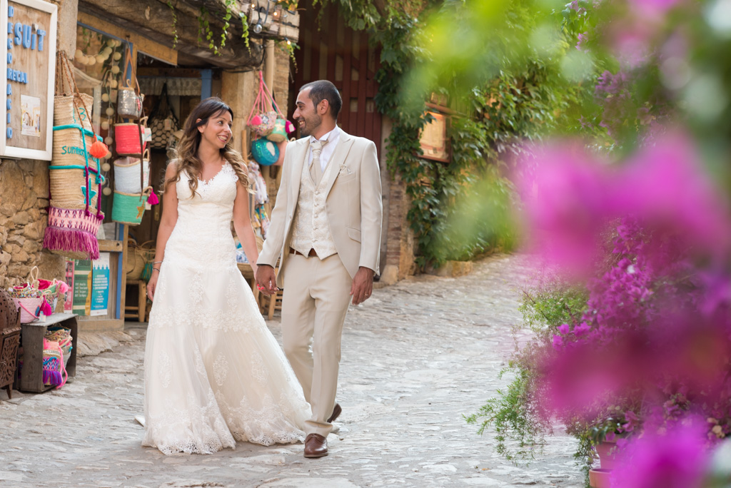 fotografo-postboda-trash-the-dress-peratallada-girona-funsessions-020.jpg