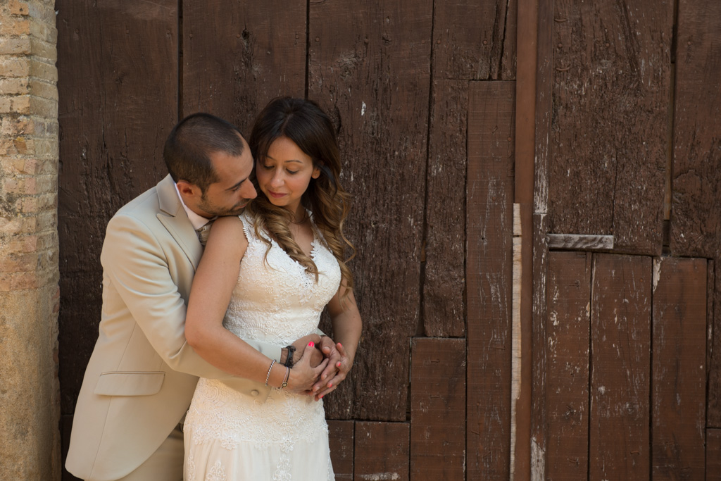 fotografo-postboda-trash-the-dress-peratallada-girona-funsessions-024.jpg