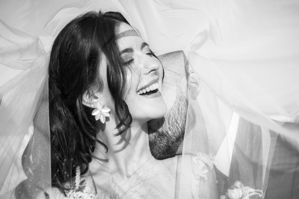 fotofrafos-bodas-weddings-casaments-casamentsgirona-casamentsbarcelona-preboda-engagementsession-trashthedress-073.jpg
