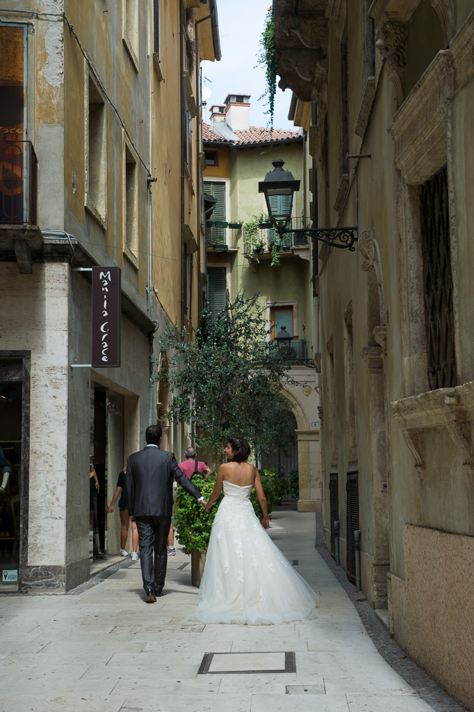 fotografia-post-boda-destination-wedding-verona-italia-048.jpg