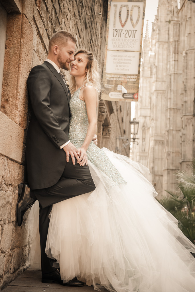 fotografo-barcelona-trash-the-dress-wolf-fotografia-destination-wedding-024.jpg
