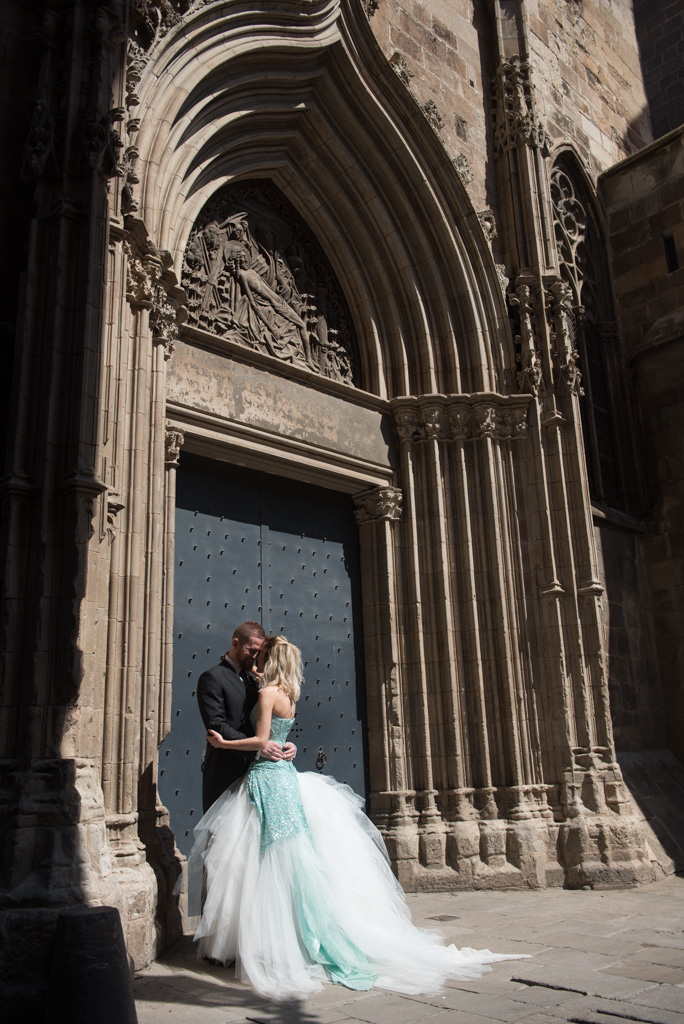 fotografo-barcelona-trash-the-dress-wolf-fotografia-destination-wedding-028.jpg