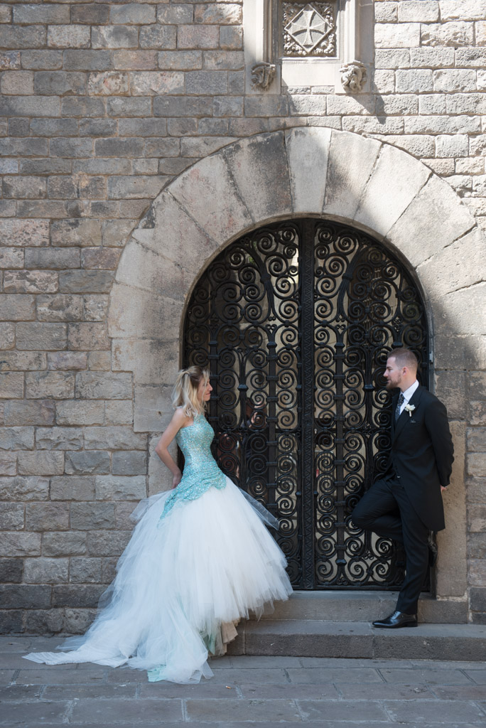 fotografo-barcelona-trash-the-dress-wolf-fotografia-destination-wedding-030.jpg