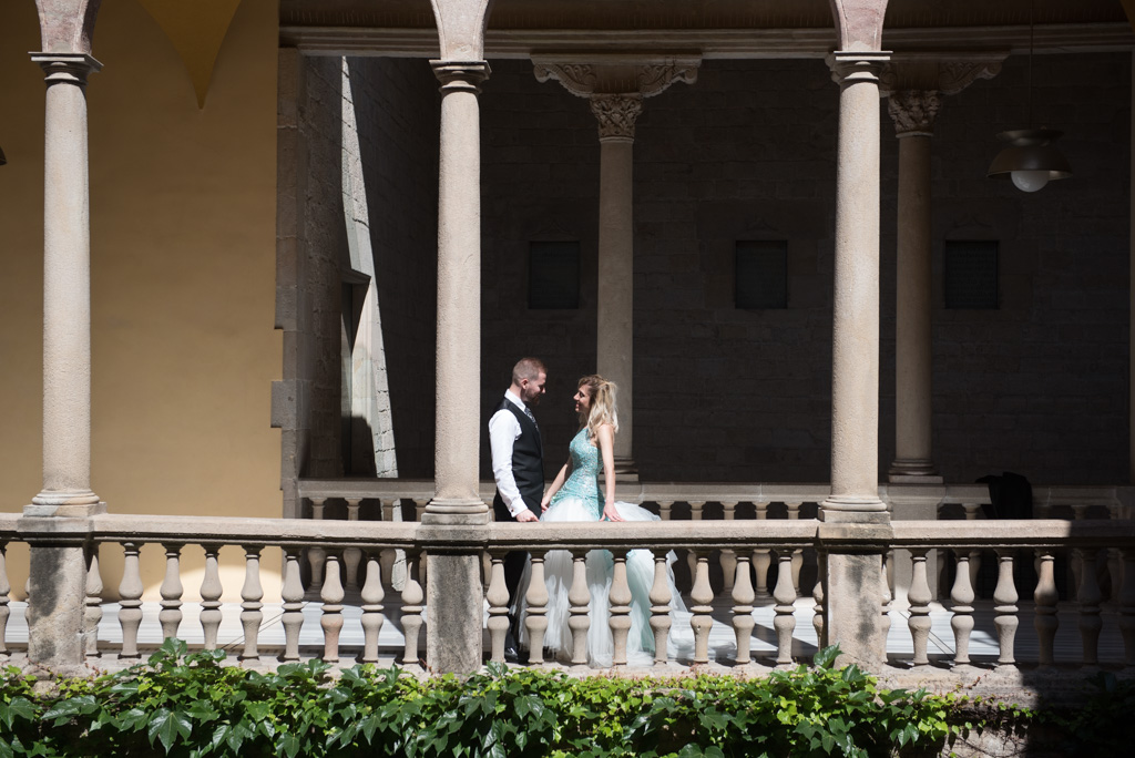 fotografo-barcelona-trash-the-dress-wolf-fotografia-destination-wedding-046.jpg