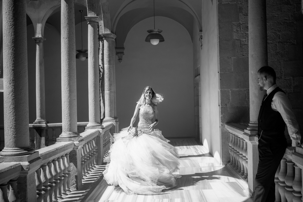 fotografo-barcelona-trash-the-dress-wolf-fotografia-destination-wedding-048.jpg