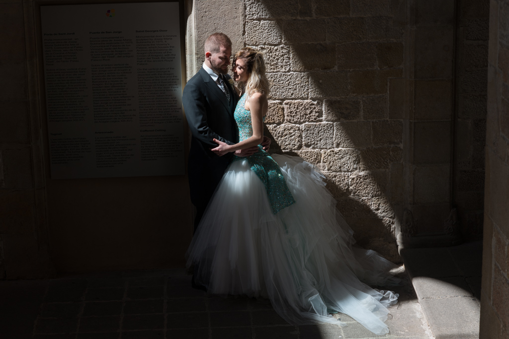 fotografo-barcelona-trash-the-dress-wolf-fotografia-destination-wedding-053.jpg