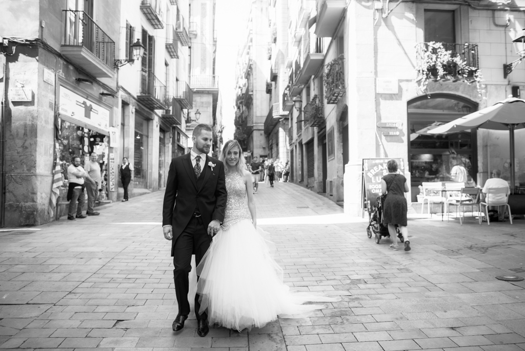 fotografo-barcelona-trash-the-dress-wolf-fotografia-destination-wedding-059.jpg