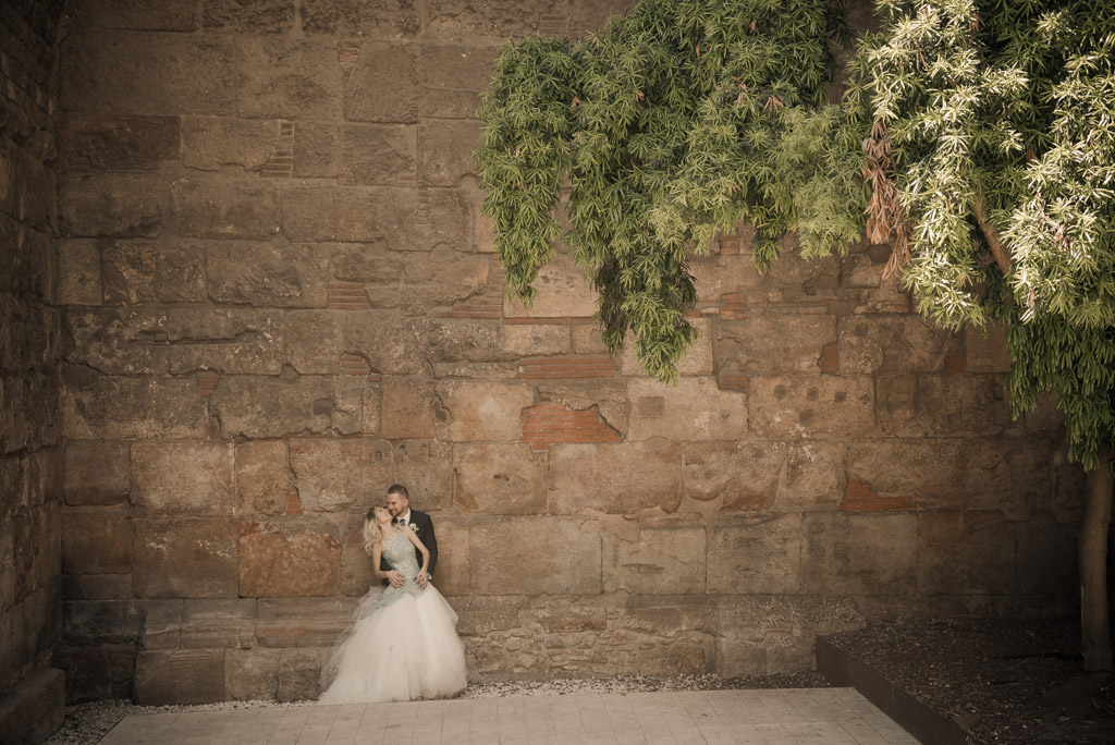 fotografo-barcelona-trash-the-dress-wolf-fotografia-destination-wedding-062.jpg