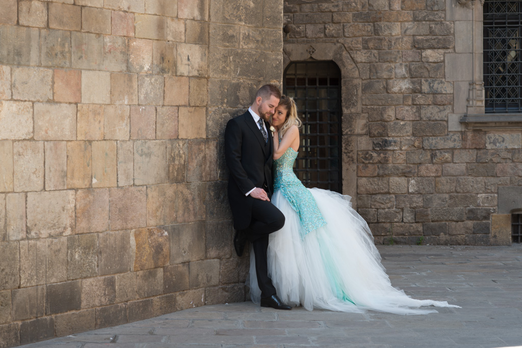 fotografo-barcelona-trash-the-dress-wolf-fotografia-destination-wedding-031.jpg