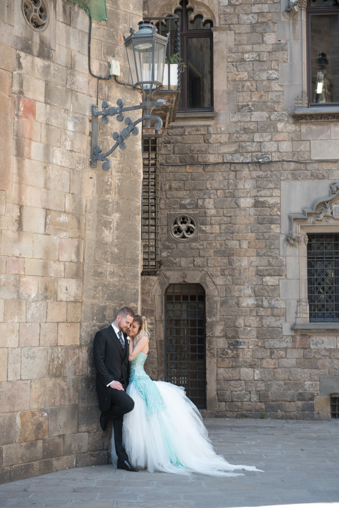 fotografo-barcelona-trash-the-dress-wolf-fotografia-destination-wedding-034.jpg