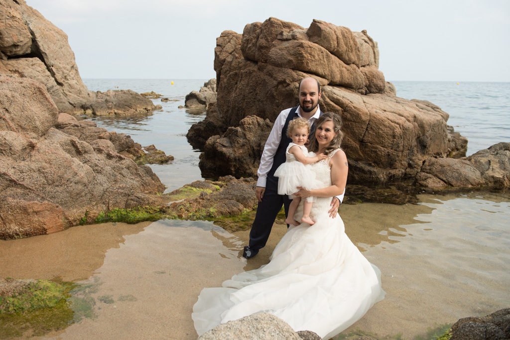 fotograf-trash-the-dress-girona-postboda-costa-brava-001.jpg