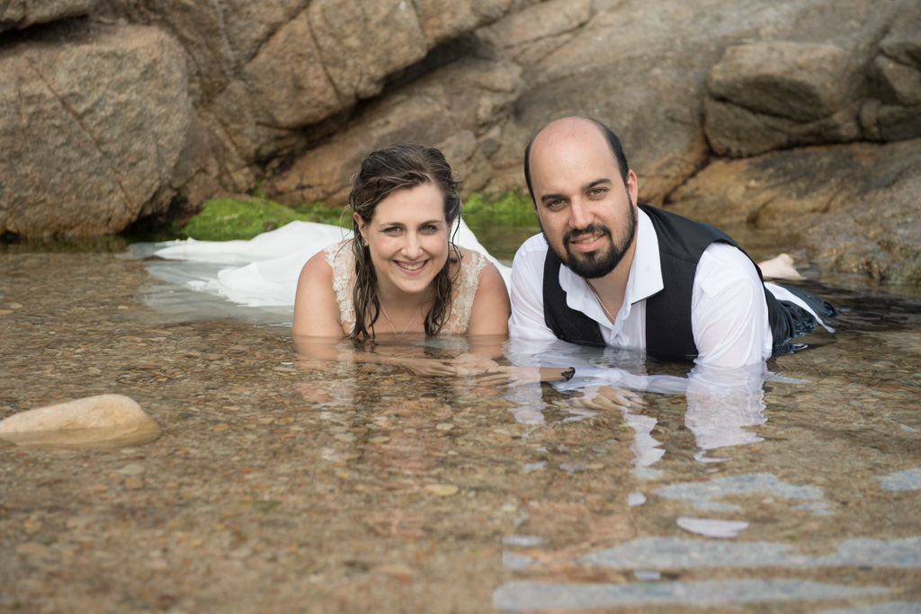 fotograf-trash-the-dress-girona-postboda-costa-brava-042.jpg