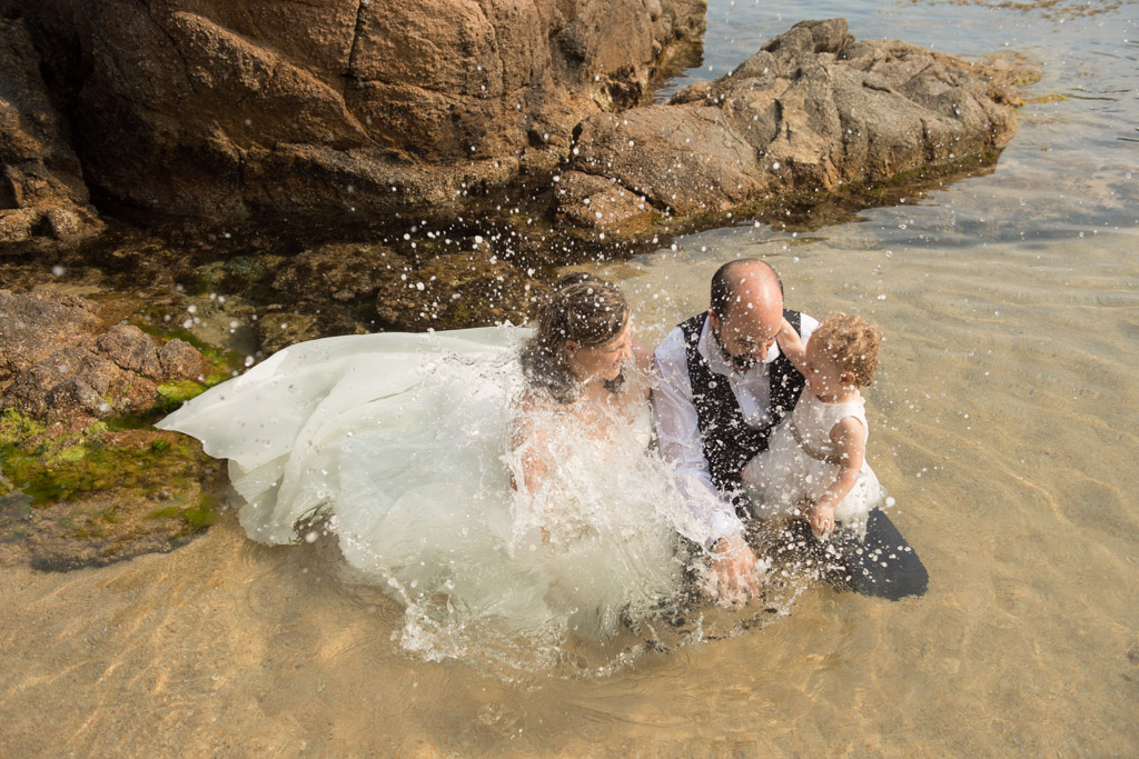 fotograf-trash-the-dress-girona-postboda-costa-brava-019.jpg