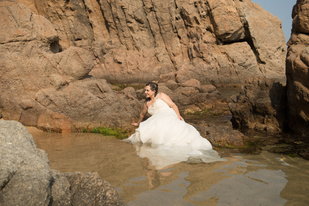 fotograf-trash-the-dress-girona-postboda-costa-brava-027.jpg