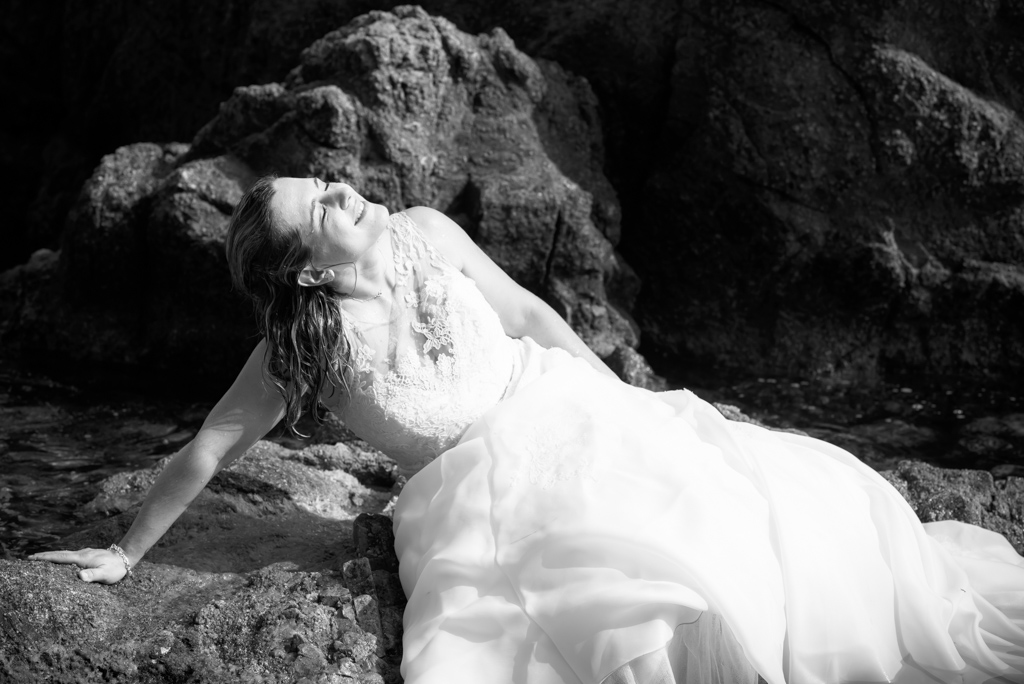 fotograf-trash-the-dress-girona-postboda-costa-brava-028.jpg
